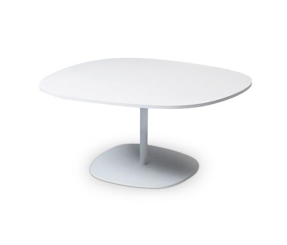 Insula EJ 192-53 by Erik Jørgensen | Restaurant tables