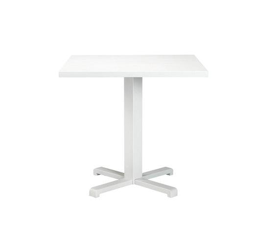 Infinity quadratischer Tisch von Ethimo   Esstische