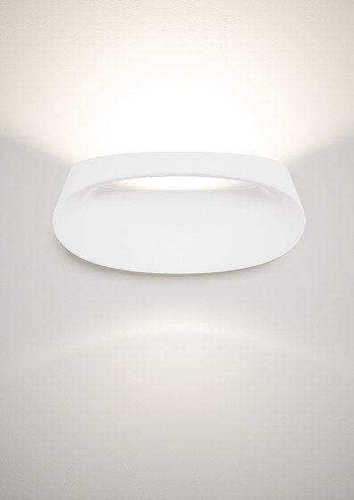 Bonnet Wall lamp by FontanaArte | General lighting