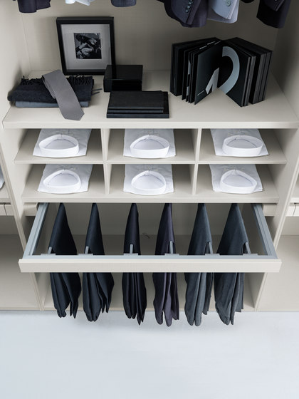 Interni armadio_2 by Presotto | Walk-in wardrobes