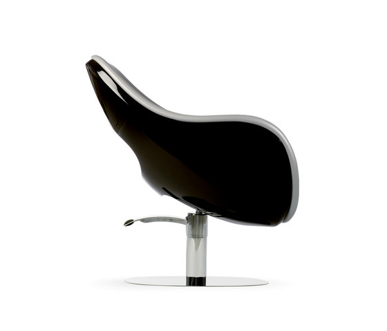 Sensual | MG BROSS Barber Chair by GAMMA & BROSS | Barber chairs