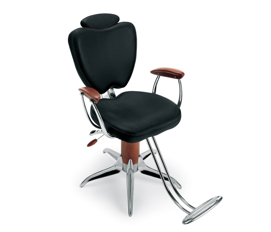 Mr Ray | MG BROSS Barber Chair by GAMMA & BROSS | Barber chairs