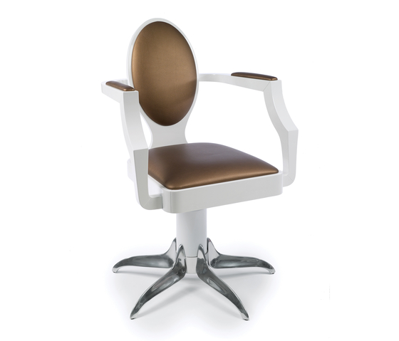 Louis 8 | GAMMA STATE OF ART Styling Salon Chairs by GAMMA & BROSS | Barber chairs