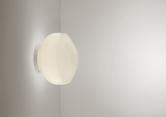 Aérostat F27 G01 01 wall by Fabbian | General lighting