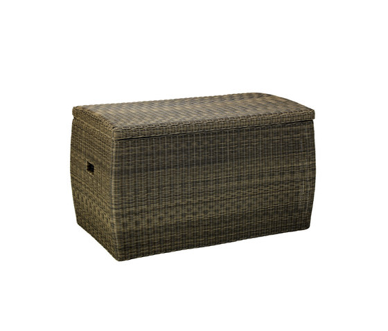 Barth trunk by Ethimo | Chests