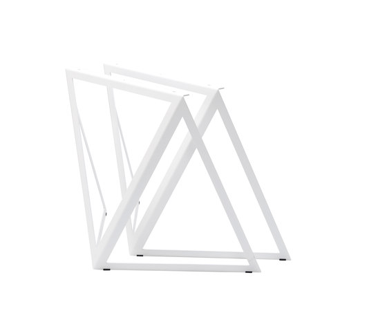 Steel Stand by NEO/CRAFT | Trestles