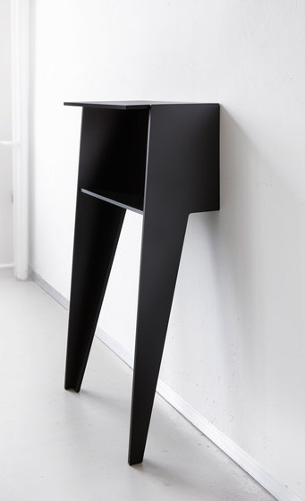 H 1001 Standby by Hansen | Console tables