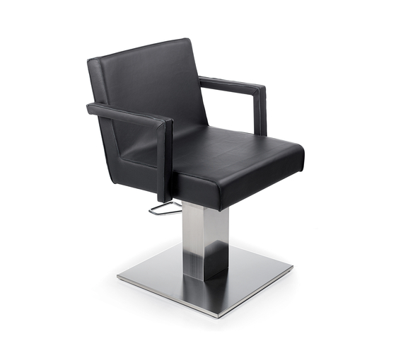 Fix It | GAMMA STATE OF THE ART Styling salon chair by GAMMA & BROSS | Barber chairs