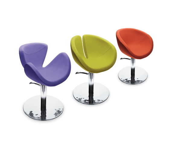 Shoka   GAMMA STATE OF THE ART Styling salon chair by GAMMA & BROSS   Barber chairs