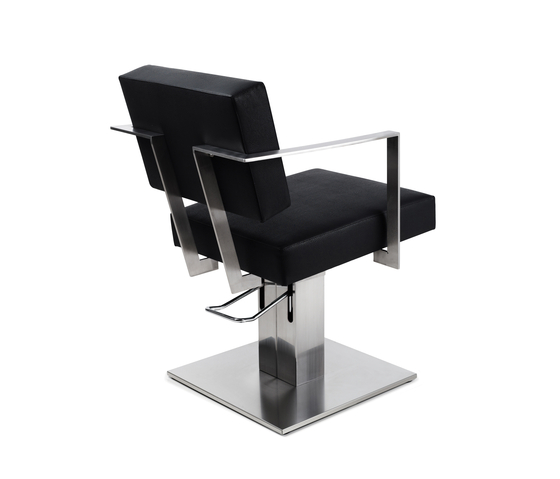 Time Less | GAMMA STATE OF THE ART Styling salon chair by GAMMA & BROSS | Barber chairs