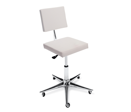 Oneida Cut | GAMMA STATE OF THE ART Styling stool by GAMMA & BROSS | Barber chairs