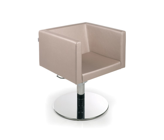 Kubika Roto | GAMMASTORE Styling salon chair by GAMMA & BROSS | Barber chairs