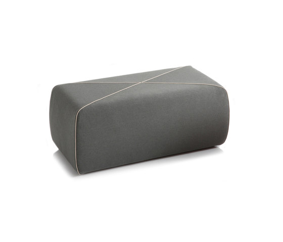 CROSSED Pouf oblong by B-LINE | Poufs
