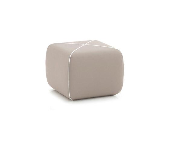 CROSSED Pouf square by B-LINE | Poufs