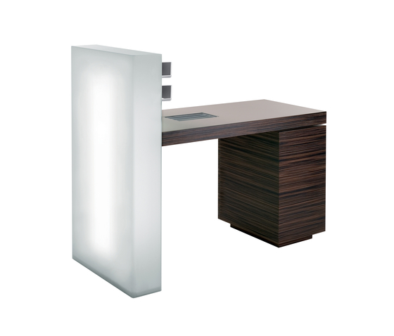 Gloss | SPALOGIC Manicure table by GAMMA & BROSS | Styling stations
