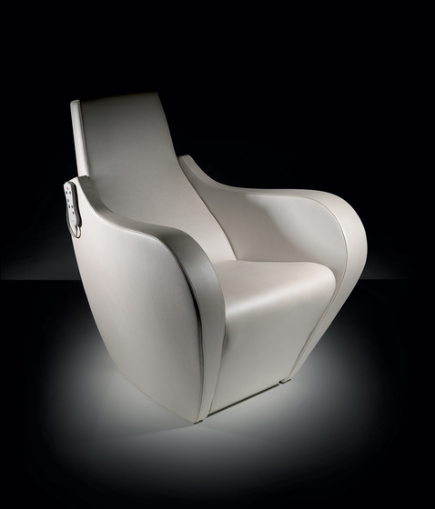 Celebrity Relax | SPALOGIC Styling Salon Chair by GAMMA & BROSS | Barber chairs