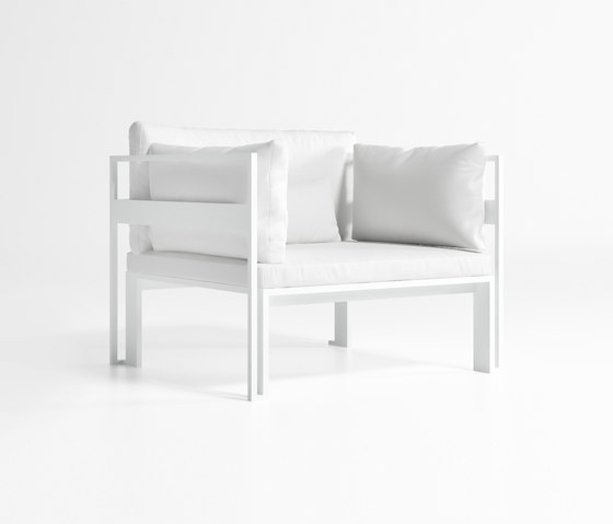 Jian Low Armchair by GANDIABLASCO | Armchairs