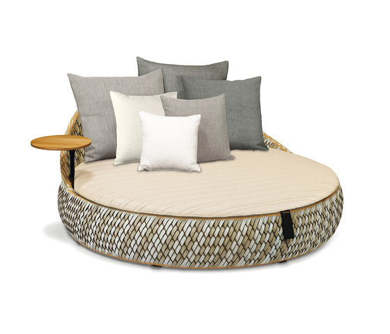 Dala Loveseat by DEDON | Seating islands
