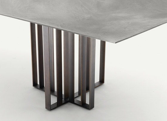 Shade by LEMA | Dining tables