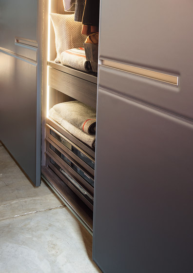 Armadio Warm | Sliding door by LEMA | Cabinets