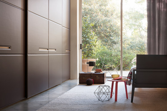 Armadio Warm | Sliding door by LEMA | Cabinets
