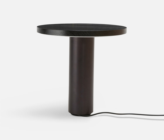 Radient Table de Rich Brilliant Willing | …de aluminio