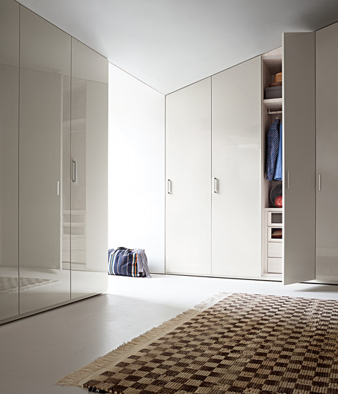 Armadio Liscia | Hinged door by LEMA | Cabinets