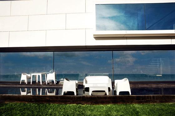 Solid sofa by Vondom | Garden sofas