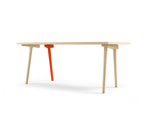 Backstage table by Casamania | Dining tables