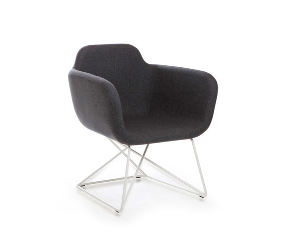Slight von True Design | Loungesessel