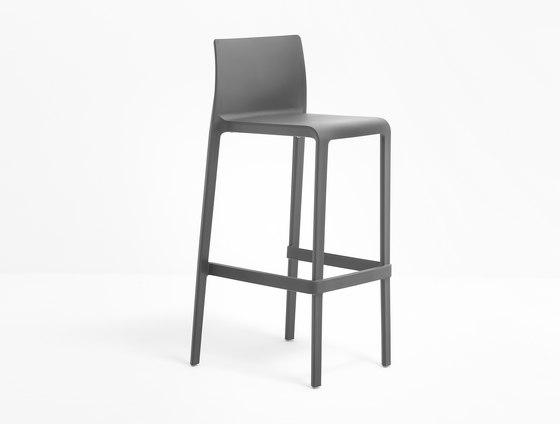 Volt 678 by PEDRALI | Bar stools