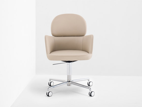 Ester 696 by PEDRALI | Task chairs