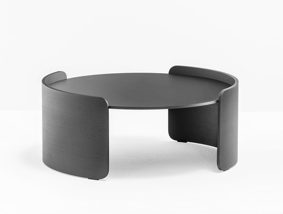 Parenthesis P10005 by PEDRALI | Lounge tables