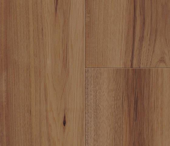 Comfort Adora by Kaindl | Wood veneers