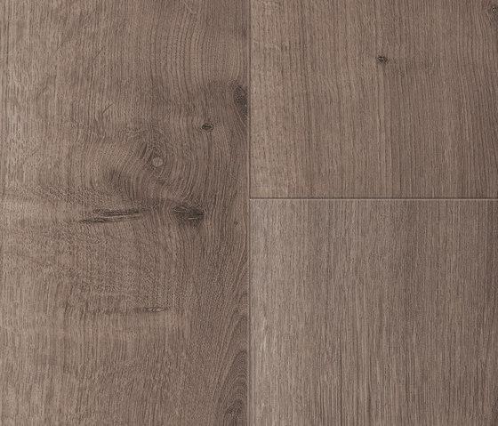 Comfort Larema by Kaindl | Wood veneers