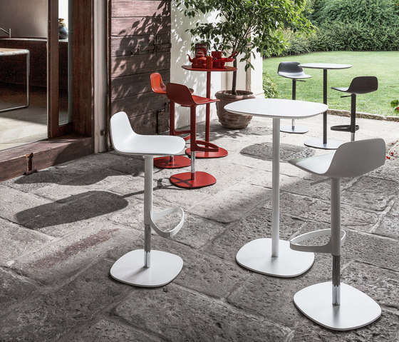 Bonnie And Clyde - Clyde by Bonaldo | Bar tables
