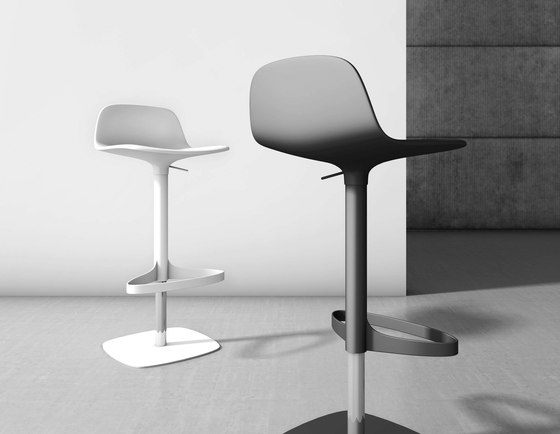 Bonnie And Clyde - Bonnie by Bonaldo | Bar stools