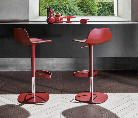 Bonnie And Clyde - Bonnie by Bonaldo | Bar stools