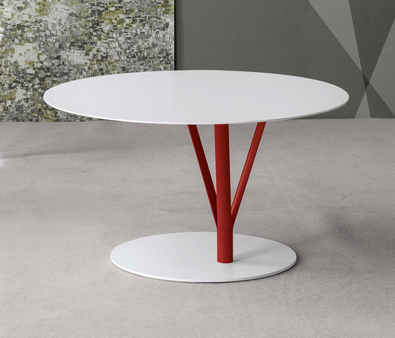 Kadou coffee low by Bonaldo | Coffee tables