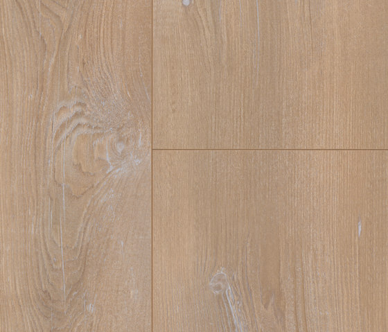 Natural Touch Monroe by Kaindl | Laminates