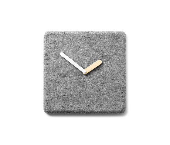 Felt Panel Clock de MENU | Relojes