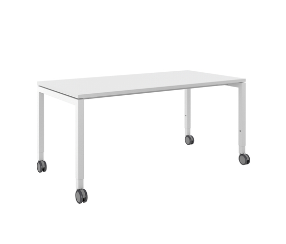 D3 Four-leg table by Denz | Individual desks