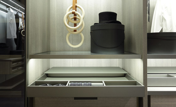 Fitted by Poliform | Built-in cupboards