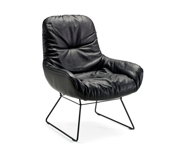 Leya Lounge Chair by Freifrau Sitzmöbelmanufaktur | Lounge chairs