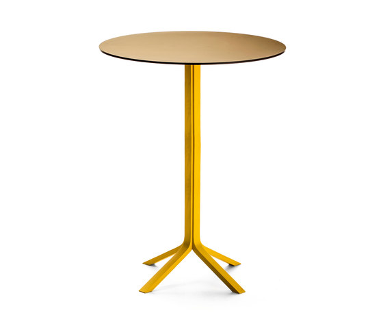 Pan B02 H 110 by Very Wood | Bar tables