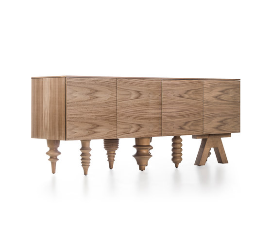Showtime Multileg Cabinet de BD Barcelona | Sideboards