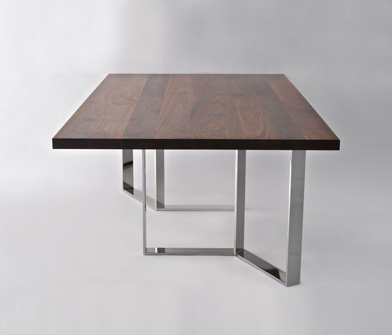 Roundhouse Table de Phase Design | Tables de repas