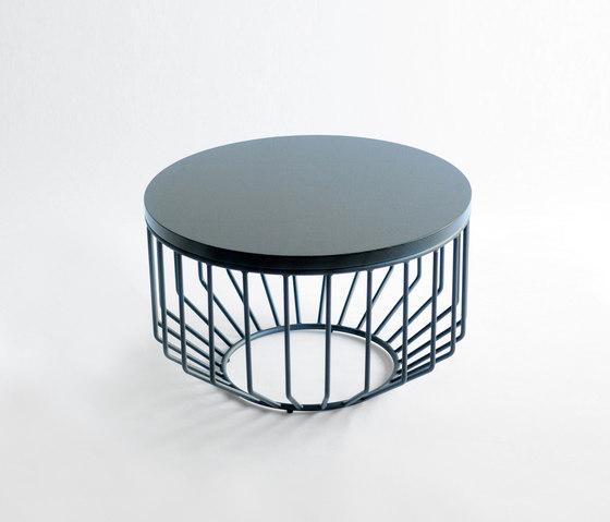 Wired Complement Table di Phase Design | Tavolini alti