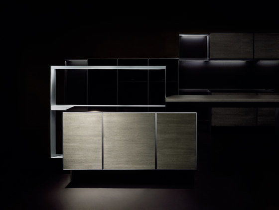 P´7340 Design by Studio F. A. Porsche by Poggenpohl | Fitted kitchens