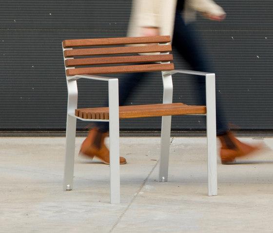 Harpo Chair by Santa & Cole | Chairs